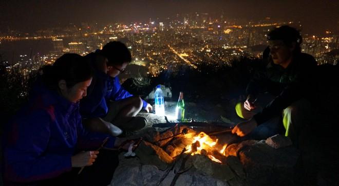 barbecue sur le mont lion rock a hong kong