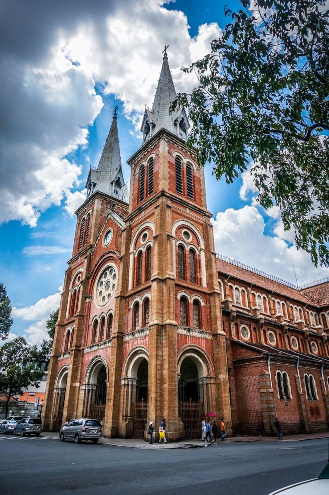 Cathedrale Notre-Dame de Saigon