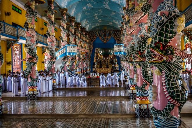 ceremonie caodaïsme temple tay ninh