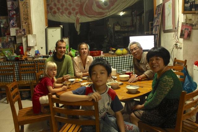 en famille dans un volontariat