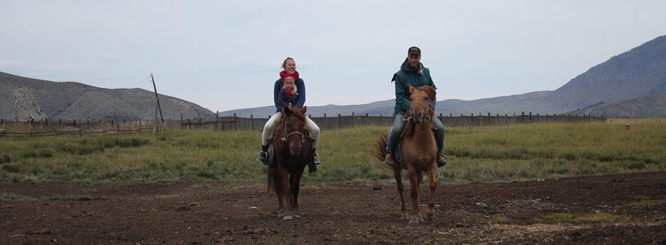 Anna et brenno volontaria mongolia
